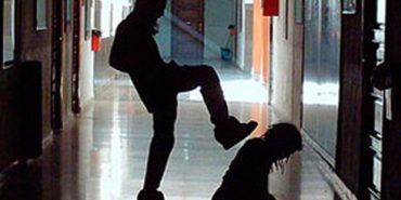 У прикарпатській школі нова хвиля насильства, діти бояться йти до туалету