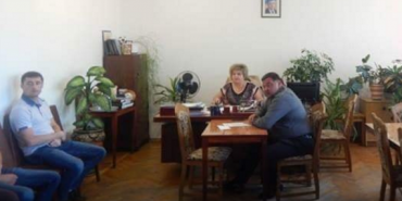 На Західній Україні за хабарі затримали одразу трьох високопосадовців