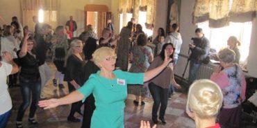 У Коломиї танцюристи віком від  50 до 80 років встановили рекорд України. ФОТО