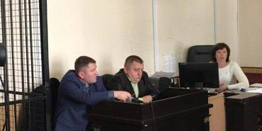 Голова прикарпатського села, якого спіймали на хабарі, визнав у суді свою вину