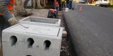 На Прикарпатті міняють водозбірні колодязі біля відремонтованих доріг. ФОТО