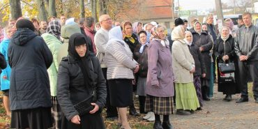 Заїжджі прихильники Московського патріархату намагалися прорватися до Благовіщенської церкви в Коломиї. ФОТО