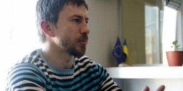 Коломиянин Максим Дем'янюк розповідає, як можна купувати і без грошей. Історія успіху