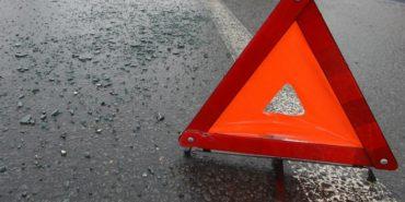 На Прикарпатті перекинулося авто: дві людини травмовано