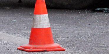 На Прикарпатті авто збило двох дітей: потерпілі у лікарні