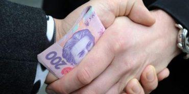 У Коломиї чоловік за дві тисячі гривень хотів влаштуватися на роботу