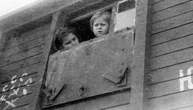 Операція «Захід»: Порошенко закликав пам'ятати про масову депортацію українців уСибір