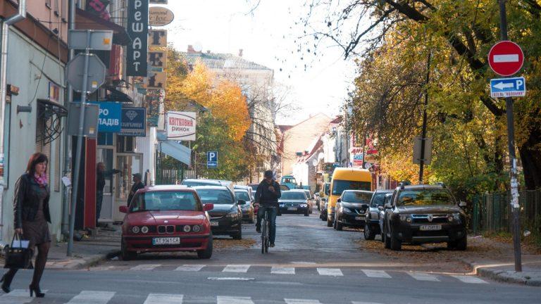 Сьогодні у Коломиї перекритий рух транспорту на вулиці Валовій