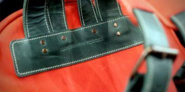 Шкіряні вироби дизайнерки з Прикарпаття їдуть до покупців за кордон. ФОТО