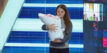 12-річна дівчинка, яка у Львові народила дитину, розповіла на ток-шоу про свою вагітність. ВІДЕО