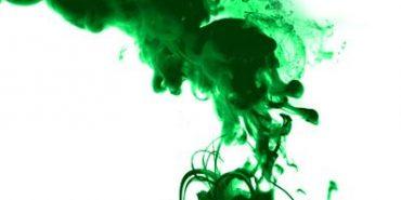 На Франківщині головному лікареві вилили в обличчя зеленку