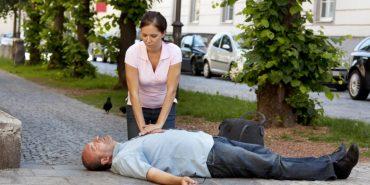 Чоловіків на вулиці частіше рятують від серцевого нападу, ніж жінок – науковці