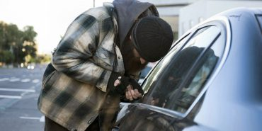 На Прикарпатті викрали авто – злодіїв затримали