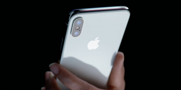У США викрали понад 300 нових iPhone X
