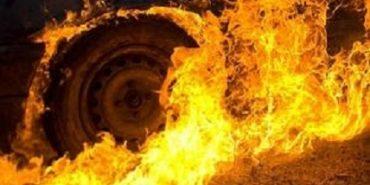 На Франківщині на дорозі загорівся вантажний автомобіль. ВІДЕО