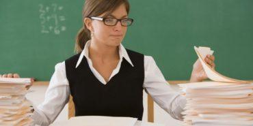 За яку провину вчителя можуть звільнити з роботи?