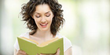Науковці довели, що читання вголос покращує запам'ятовування