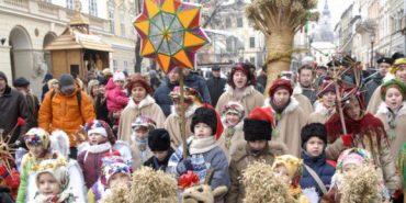 Понад 300 дітей зі Сходу зустрічатимуть Різдвяні свята на Прикарпатті