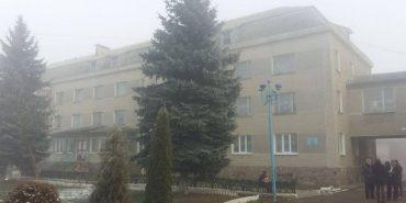 Обласні депутати припинили діяльність дитячого будинку-інтернату у Снятині