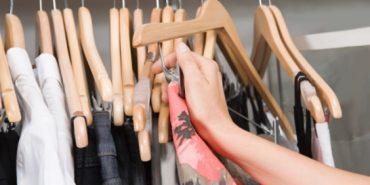 У Коломиї з магазину викрали жіночий одяг