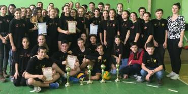 У Коломиї визначилися переможці шкільних змагань з волейболу