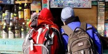 Поліція зафіксувала майже сто випадків продажу алкоголю неповнолітнім на Франківщині