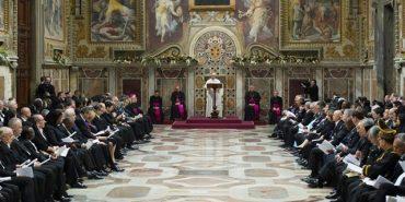 Папа Римський закликав світ не забувати про війну в Україні