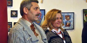 У Коломиї експонується різдвяна виставка малярства на склі. ВІДЕО