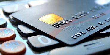 Пенсії та соцвиплати дозволять отримувати в приватних банках