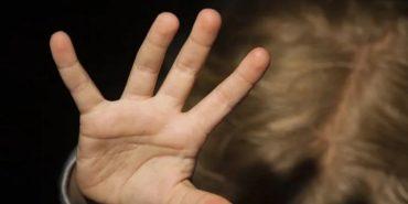 У матері з Коломийщини можуть відібрати трьох дітей через неналежні умови. ВІДЕО