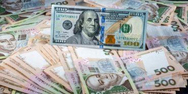 До кінця року за один долар українці платитимуть 31 грн, – аналітики