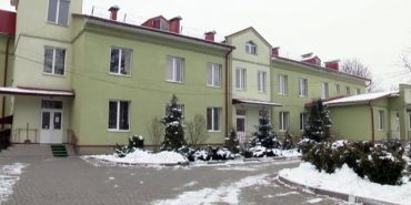 Кір, вітрянка та гепатити: інфекційна лікарня у Коломиї переповнена. ВІДЕО