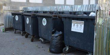 На Франківщині невідомі масово підпалюють сміттєві контейнери
