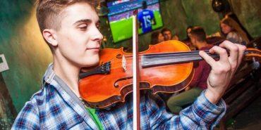 Франківський музикант намагається покращити якість української музики