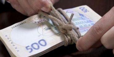 На Прикарпатті очільник села вимагав 100 тис. хабара. ФОТОФАКТ