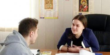 На Франківщині десятикласниця на день стала сільським головою