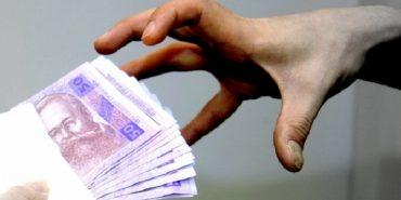 На Прикарпатті сільського голову ОТГ звинувачують у корупції