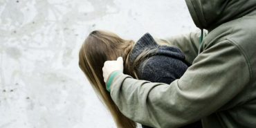 Коломиянина позбавлено волі на 8 років за напади на дівчат
