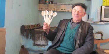 Як на Гуцульщині зберігають традиції давнього ложкарства. ФОТО