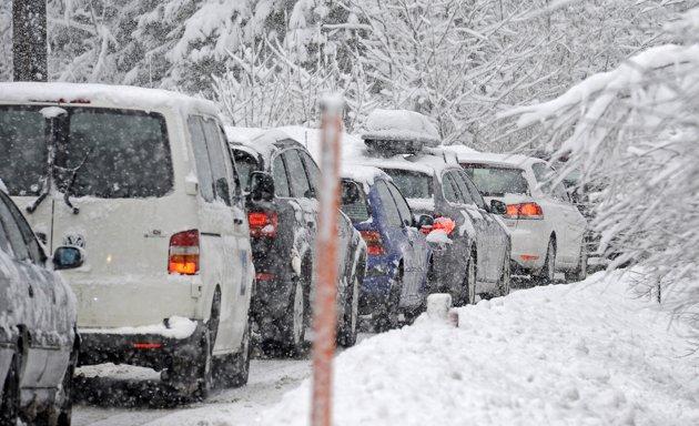 Прикарпатських водіїв попереджають про складні погодні умови. ВІДЕО