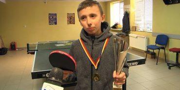 Тенісист Іван Романяк з Коломиї здобув золото на міжнародному турнірі в Румунії. ВІДЕО