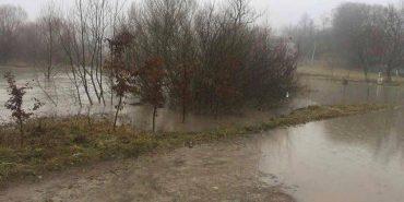 На Франківщині суттєво піднялася вода у річках. ФОТО