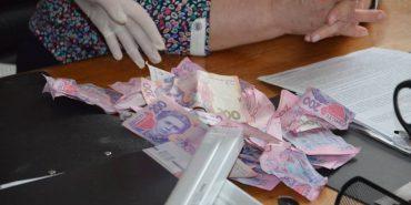 На Прикарпатті викрили на хабарі заступницю керівника податкової інспекції. ФОТО