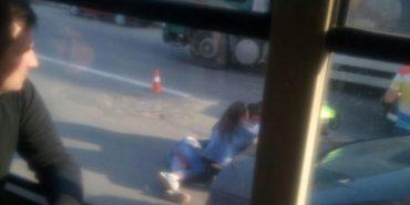 На Франківщині молода дівчина потрапила під колеса автомобіля. ФОТО