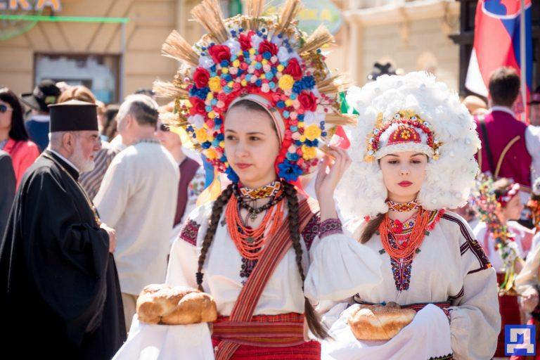 За три місяці туристи поповнили місцеві бюджети Франківщини на 1,1 млн грн. Коломийщина не потрапила до переліку найпривабливіших регіонів