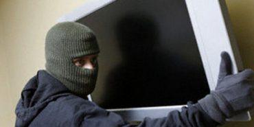 На Франківщині клієнт готелю вкрав з номера телевізор – злодія шукають