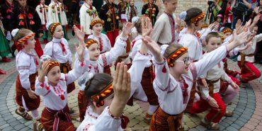 """Сьогодні у Коломиї стартує танцювальний фестиваль """"Покутські витоки"""". ПРОГРАМА"""