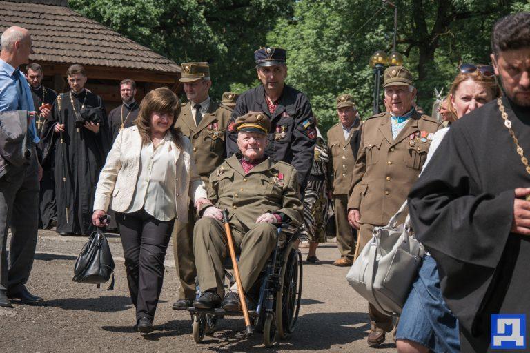 У Коломиї пам'ятною ходою відзначили День Героїв. ФОТОРЕПОРТАЖ