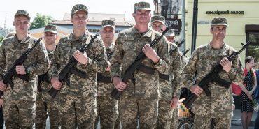Від козацької шаблі до гранатомета