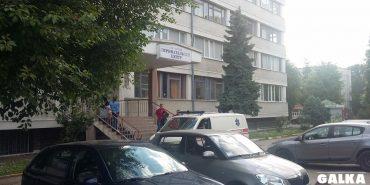 На Франківщині керівників пологового спіймали на хабарі у 2 тис. євро. ФОТО+ВІДЕО